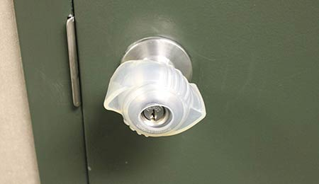 Photography of a non-slip doorknob cover